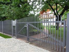 Zaun und Toranlage Modell Berlin